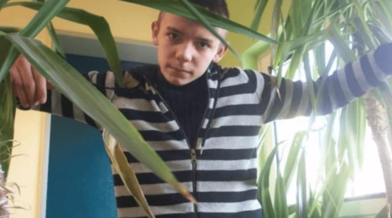 Capital Bra Hat Mit 11 Jahren Angefangen Zu Kiffen Raptastisch