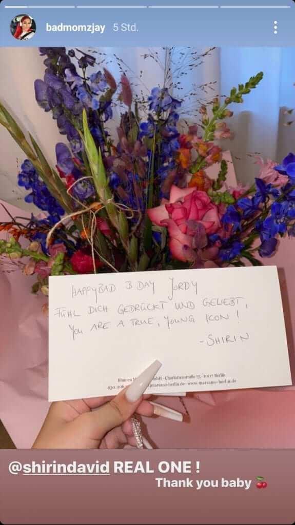 Badmomzjay zeigt Geschenk von Shirin David in ihrer Instagram Story